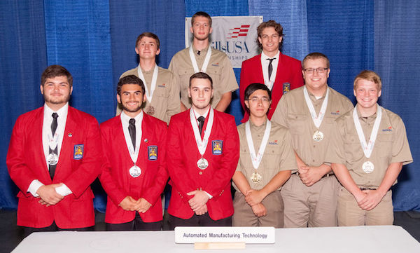 Elk Grove Manufacturing Students Go for the Gold